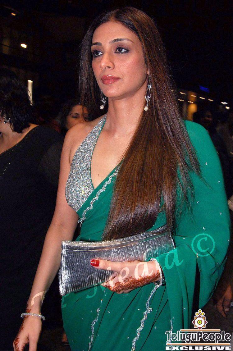 Tabu  Page 2  Bollywood Fashion Police-5041