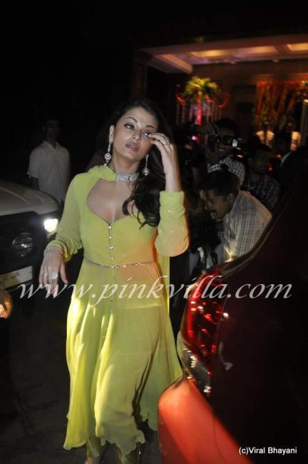 Aishwarya Rai   Bollywood Fashion Police   Page 13