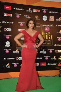 Huma Qureshi at IIFA 2015 Awards day 3 red carpet on 7th June 2015 shown to user